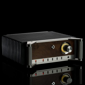 XA INT INTEGRATED AMPLIFIER